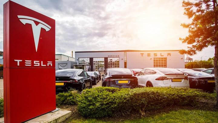 Tesla'nın 25 bin dolarlık elektrikli otomobili beklenenden erken gelebilir