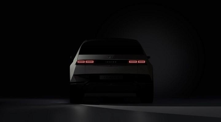 Hyundai, elektrikli otomobili Ioniq 5'in ilk resmi görsellerini paylaştı