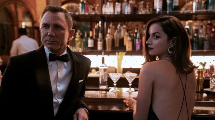 Yeni James Bond filmi No Time to Die tekrar ertelenebilir