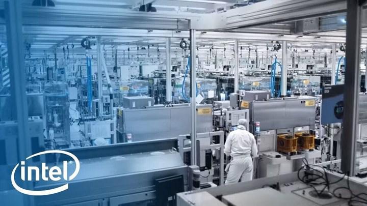 Intel işlemci üretimini TSMC'ye kaydırıyor: 5 nm Core i3'ler bu yıl üretilecek