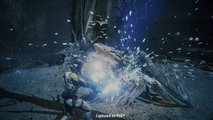 PS5 özel oyunu Returnal'dan yeni oynanış videosu paylaşıldı