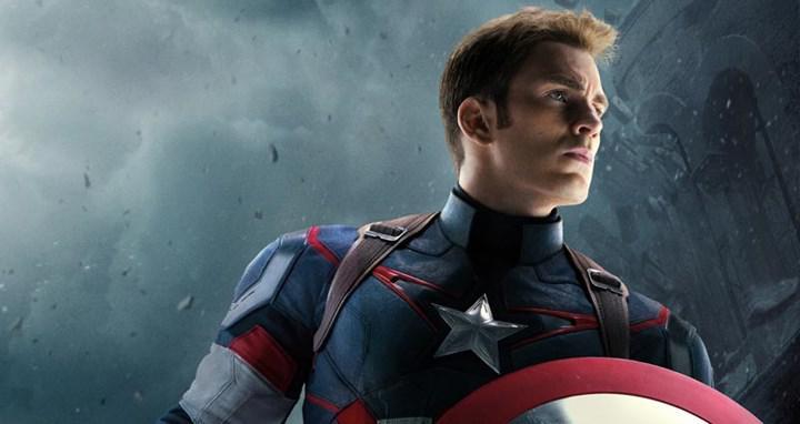 Kaptan Amerika rolünü tekrar oynaması için Chris Evans ile görüşülüyor