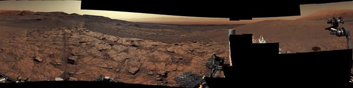 Mars'ta 3000. gününü kutlayan Curiosity'den müthiş Kızıl Gezegen panoraması