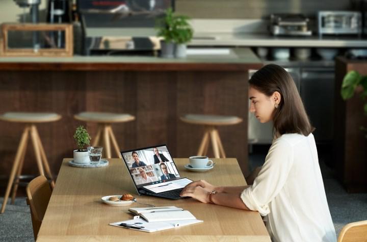 Asus ZenBook Duo serisi güncellendi