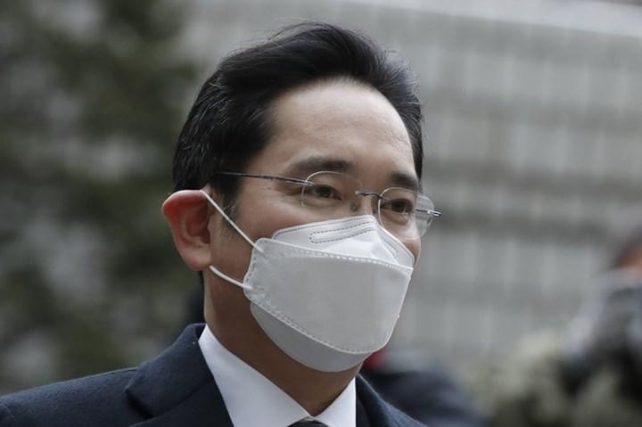Samsung başkan yardımcısı yeniden hapse giriyor