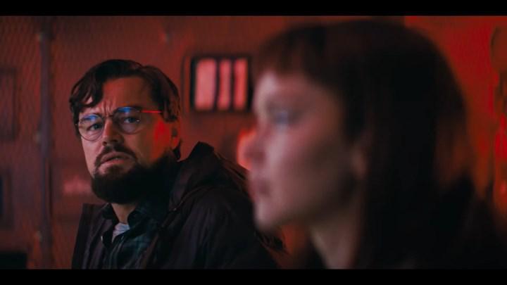 Leonardo DiCaprio ve Jennifer Lawrence başrollü Netflix filminin setinden yeni görüntüler paylaşıldı