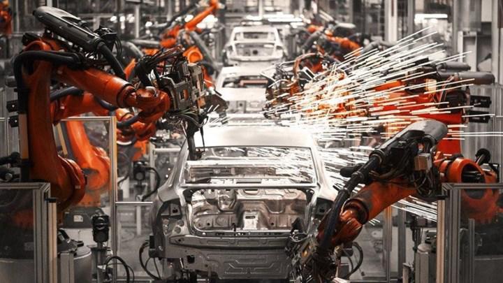 Otomotiv ihracatı 2020'de azalsa da liderliği bırakmadı
