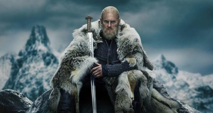 Vikings dizisinin devamı olan yeni Netflix dizisi Vikings: Valhalla'nın oyuncu kadrosu belli oldu