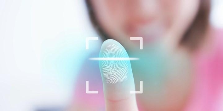 Apple, yeni nesil iPhone'lar için ekran altı parmak izi sensörünü test ediyor