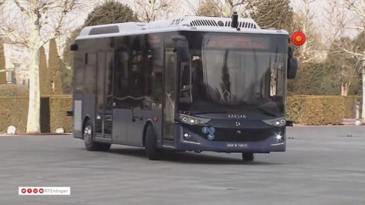 Karsan, 4. seviye sürücüsüz elektrikli otobüsünü tanıttı