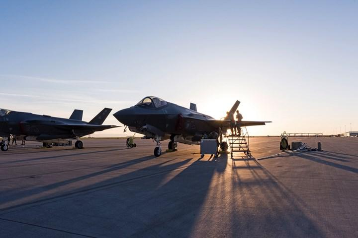 Pentagon, F-35'in yazılım sorunları kapsamında üniversitelerin kapısını çalacak