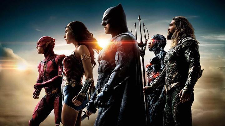 Zack Snyder's Justice League'den Batman'in bulunduğu yeni bir görsel paylaşıldı