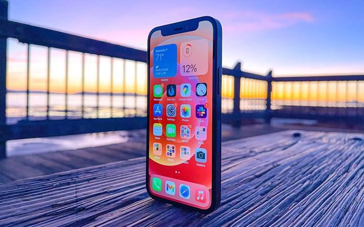 Apple, zayıf satış rakamları nedeniyle iPhone 12 mini üretimini durdurabilir