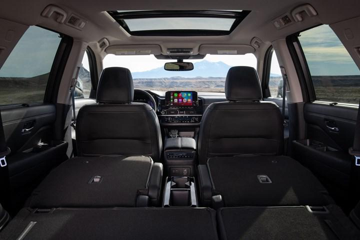 Nissan, büyük SUV modeli Pathfinder'ı yeniledi