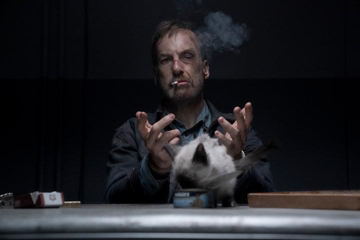 Bob Odenkirk başrollü John Wick benzeri Nobody filminden yeni bir video paylaşıldı