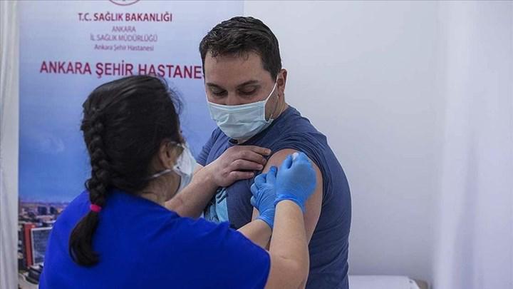 Sağlık çalışanları ikinci doz Kovid-19 aşılarını bu hafta olmaya başlıyor ! Randevular açıldı