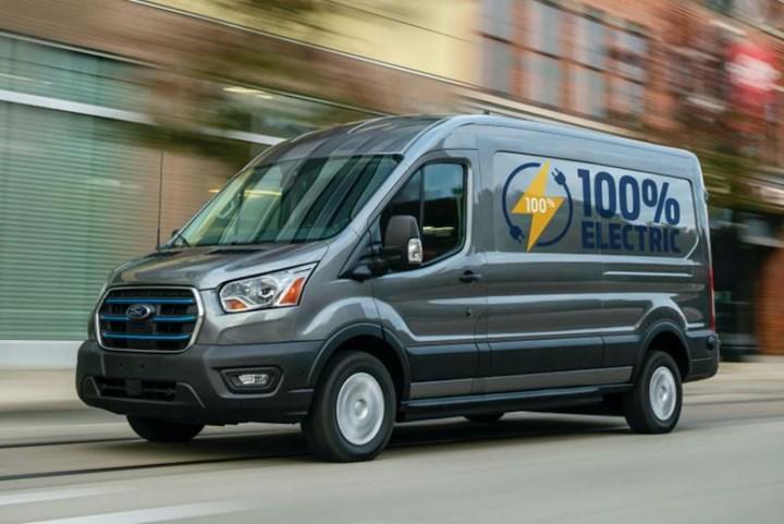 Elektrikli Ford Transit'in prototipi Gölcük Fabrikası'na ulaştı