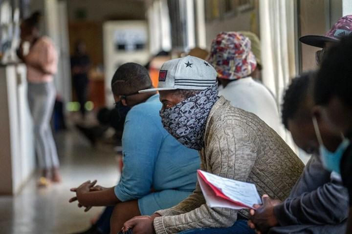 Yapılan çalışmalara göre AstraZeneca aşısının Güney Afrika varyantına karşı etkisi düşük düzeyde