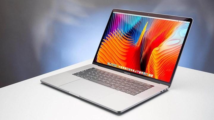 Apple şarj olmayan MacBook Pro'ların pillerini ücretsiz olarak değiştirecek