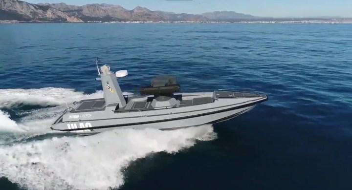 Türkiye'nin ilk silahlı insansız deniz aracı ULAQ suya indirildi