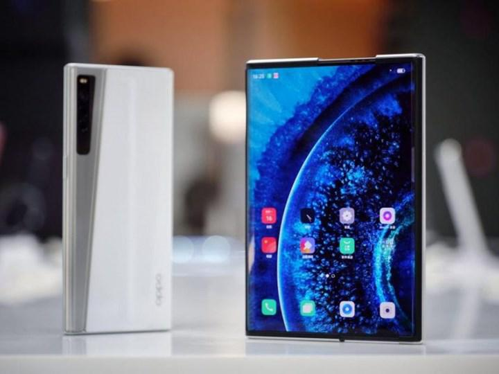 Oppo X 2021 kayar ekranlı akıllı telefonu videoda gösterildi
