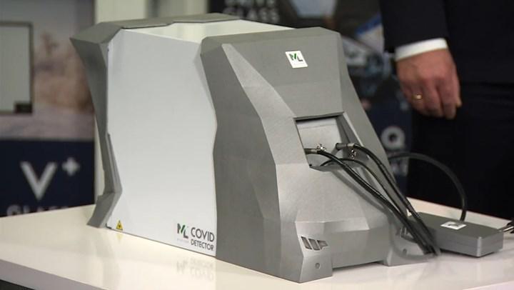 Polonya, koronavirüsü birkaç saniyede tespit edebilen cihaz geliştirdi