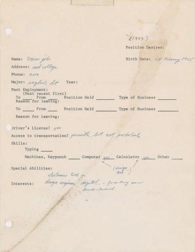 Steve Jobs'ın 1973'te doldurduğu iş başvurusu formu, açık artırmaya çıkarılıyor