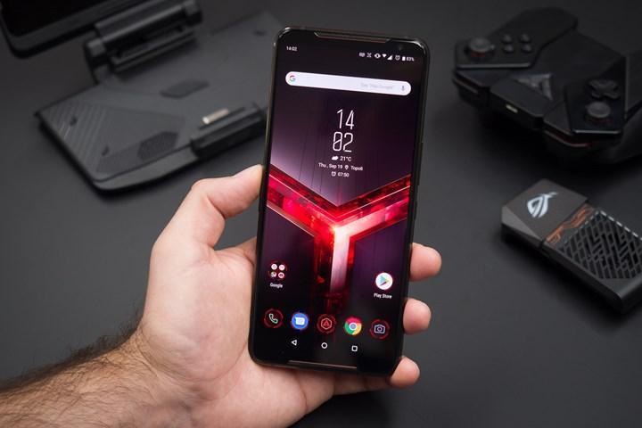 ASUS ROG Phone 5 resmen onaylandı: 6.000 mAh bataryalı oyuncu telefonu