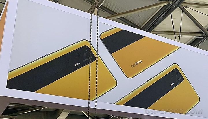 Şık tasarıma sahip Realme GT 5G'nin ilk görüntüleri ortaya çıktı