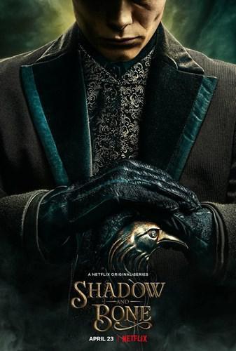 Netflix'in yüksek bütçeli yeni fantastik dizisi Shadow and Bone'dan fragman geldi
