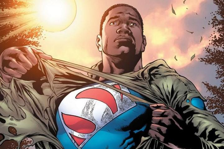 Yeni bir Superman filmi geliyor: Başrolde Henry Cavill yok