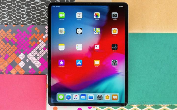 IPad Pro and MacBook Pro with OLED screens arrive next year