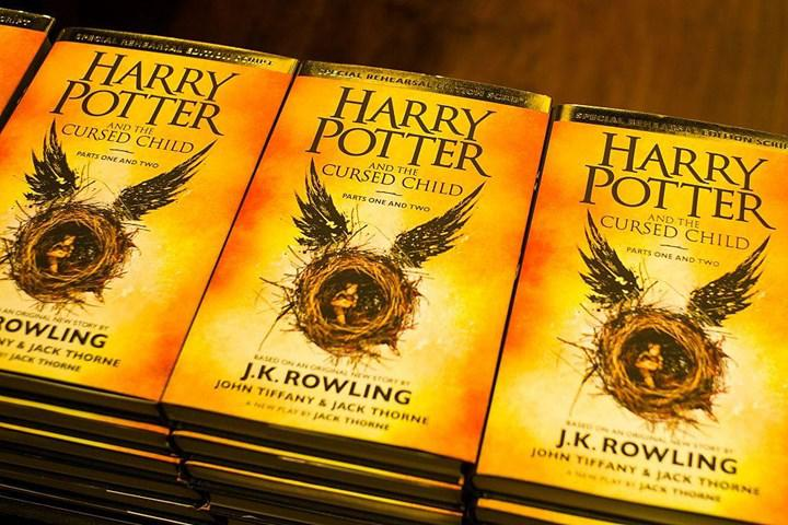 Harry Potter and the Cursed Child filme uyarlanabilir