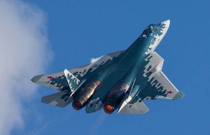 """Sanayi ve Teknoloji Bakanı Varank, """"Rusya'nın Su-35 ve Su-57 teklifini değerlendirebiliriz"""""""
