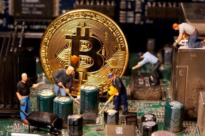 Bitcoin ilk kez 60 bin dolar sınırını geçti