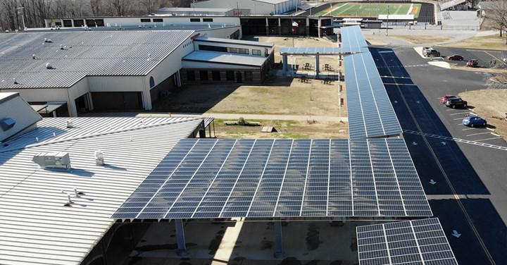 ABD'de bir okul, güneş enerjisi üretiminden elde ettiği gelirle personelin maaşına zam yaptı