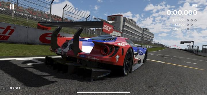 The racing game Project Cars GO is released free for mobile devices