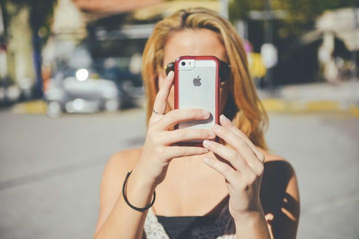 Akıllı telefonlar verilerimizi her 4.5 dakikada bir paylaşıyor