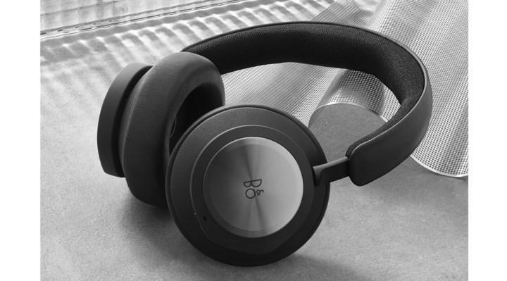 Xbox announces new wireless headset, priced the same as Xbox Series X