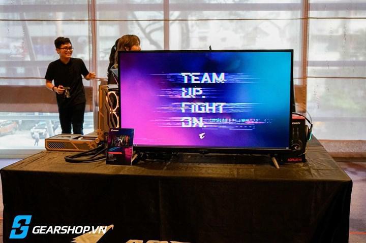 Gigabyte showcases 43 '' 4K 144 Hz gaming monitor