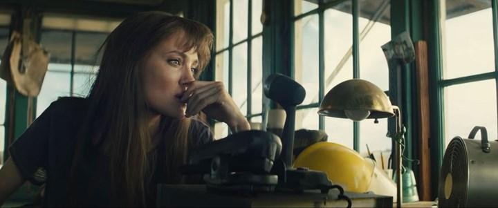 Trailer for action movie Those Who Wish Me Dead starring Angelina Jolie