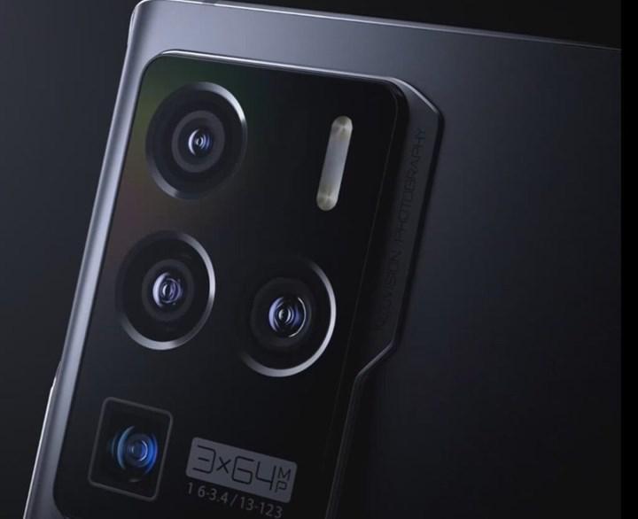 ZTE Axon 30 Ultra'nın yüksek fiyatı ve bazı teknik detayları sızdırıldı