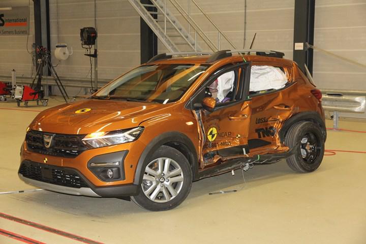 Yeni Dacia Sandero Stepway, Euro NCAP'ten 2 yıldız aldı