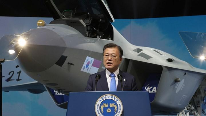Kore Cumhuriyeti, Kf-21 Boramae savaş uçağı prototipini görücüye çıkardı