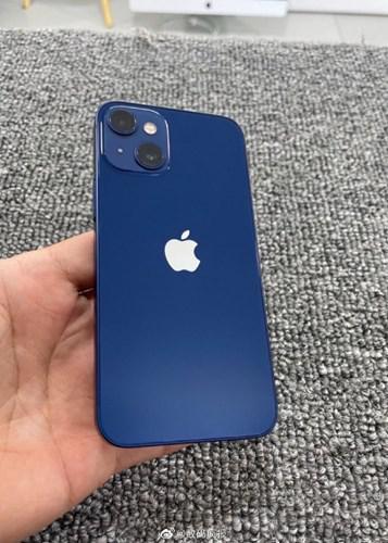 iPhone 13 mini'nin ilk canlı fotoğrafı ortaya çıktı