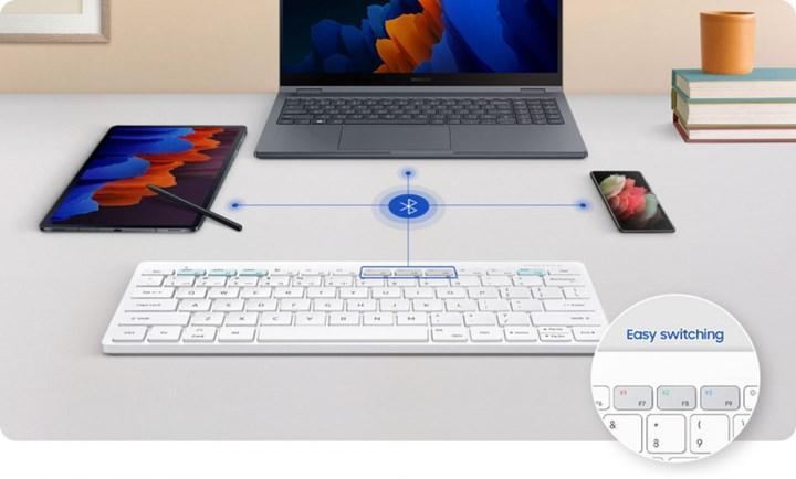 Samsung Smart Keyboard Trio 500 üç cihaza bağlanabiliyor