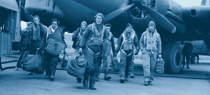 Dünyanın en iyi dizilerinden biri olan Band of Brothers'ın devam dizisi Masters of the Air'ın çekimleri başladı