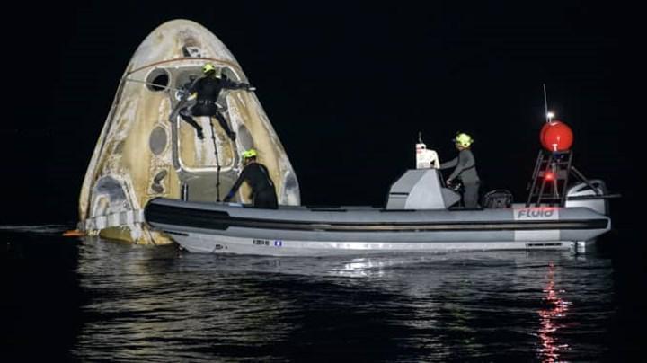 Uzayda 167 gün geçiren 4 astronot, SpaceX'in Crew Dragon kapsülüyle Dünya'ya döndü