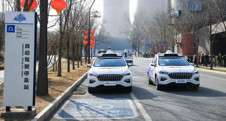 Çin'in Pekin kentinde sürücüsüz 'robotaksi' hizmeti başladı