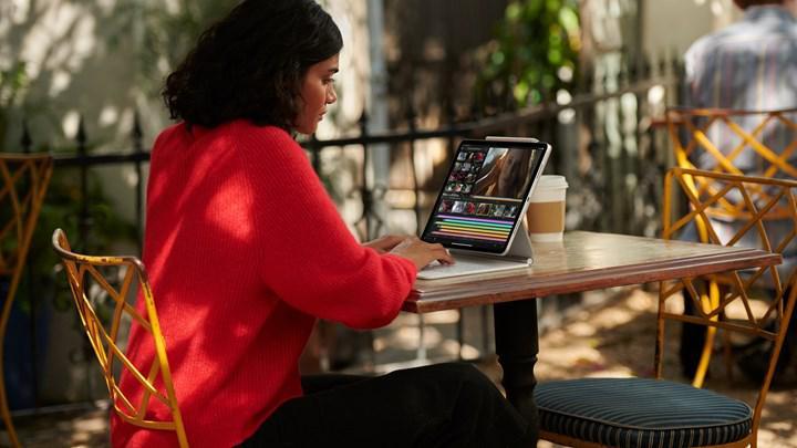 Apple'dan Zoom'a ayrıcalık: Özel bir kamera API'si sunuldu